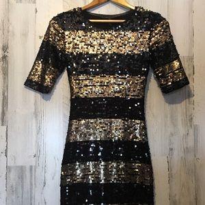 BCBGMAXAZRIA Black+Gold Tight Fitting Sequin Dress
